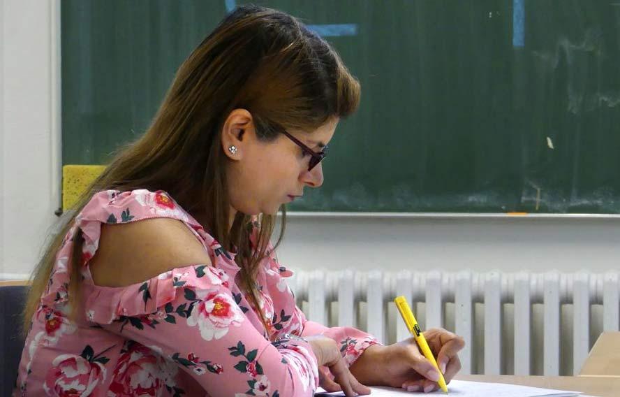 Teilnehmerin des Brückenkurses für Akademikerinnen